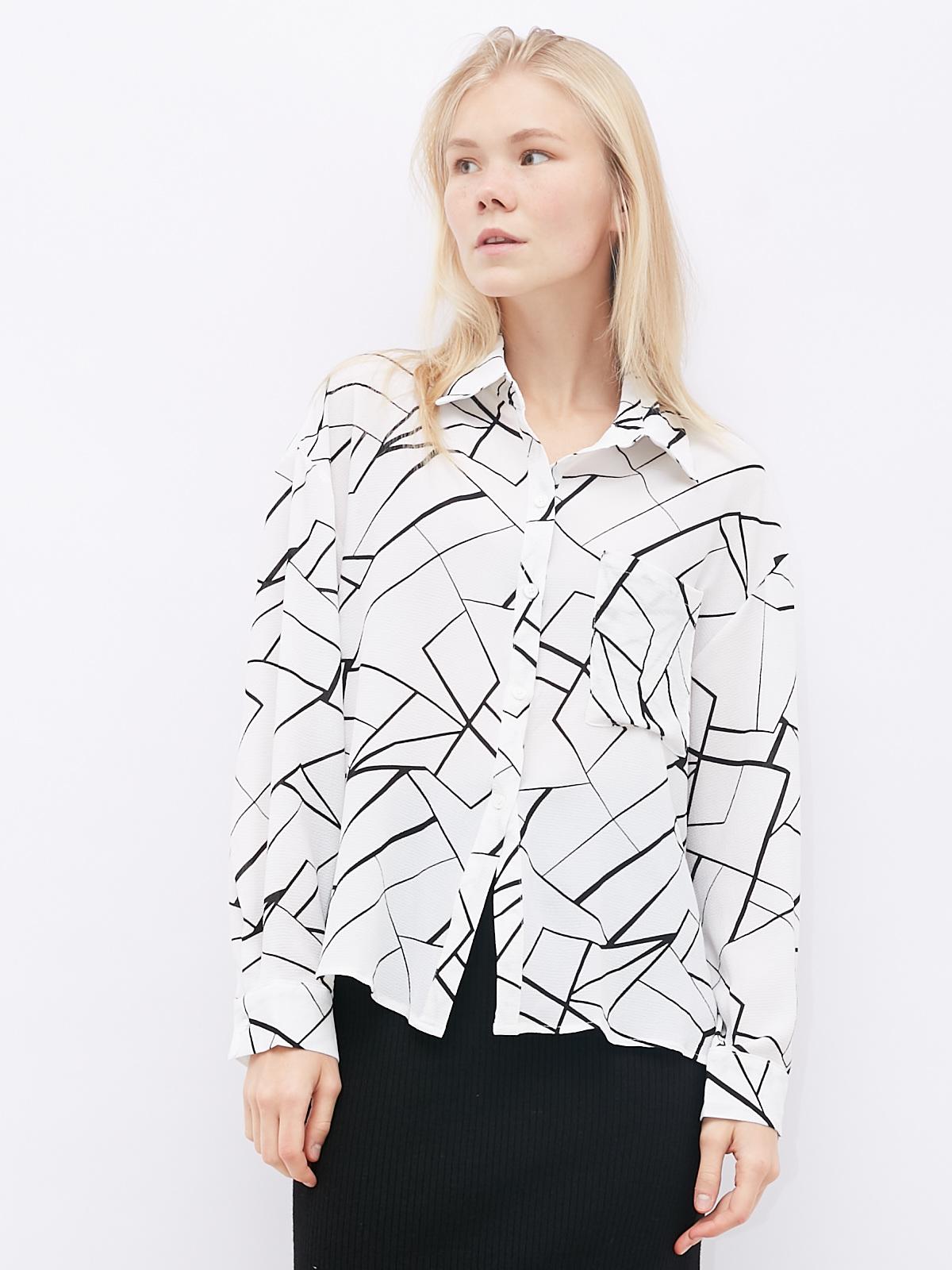 Блуза с геометричными принтом и карманом