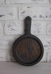 Сковородочка из дуба, d=14см.