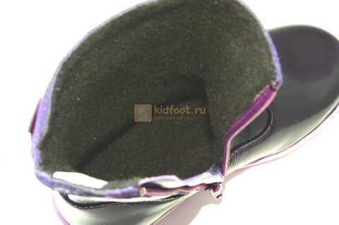 Сапожки для девочек из натуральной лакированной кожи на байке Лель (LEL), цвет черника. Изображение 14 из 14.