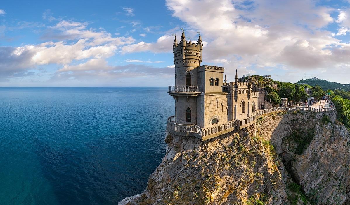 Картина раскраска по номерам 50x65 Замок на скале у моря ...