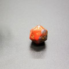 Куб D20: Оранжево-серый