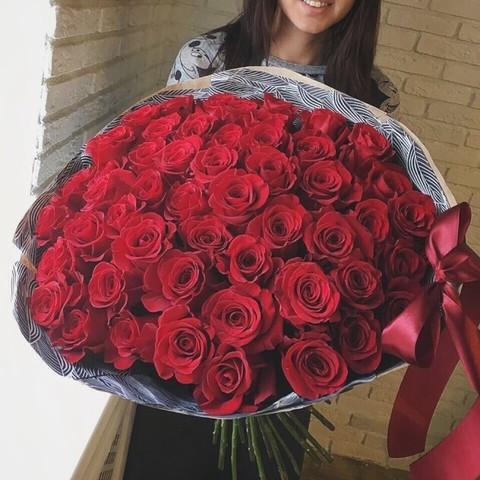 51 красная роза в оформлении (RMFlora) #1452