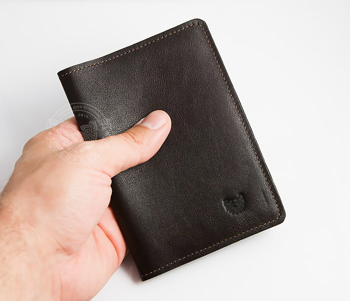 4abf80f2693e Кожаная обложка для паспорта ручной работы, «Boroda Design» купить