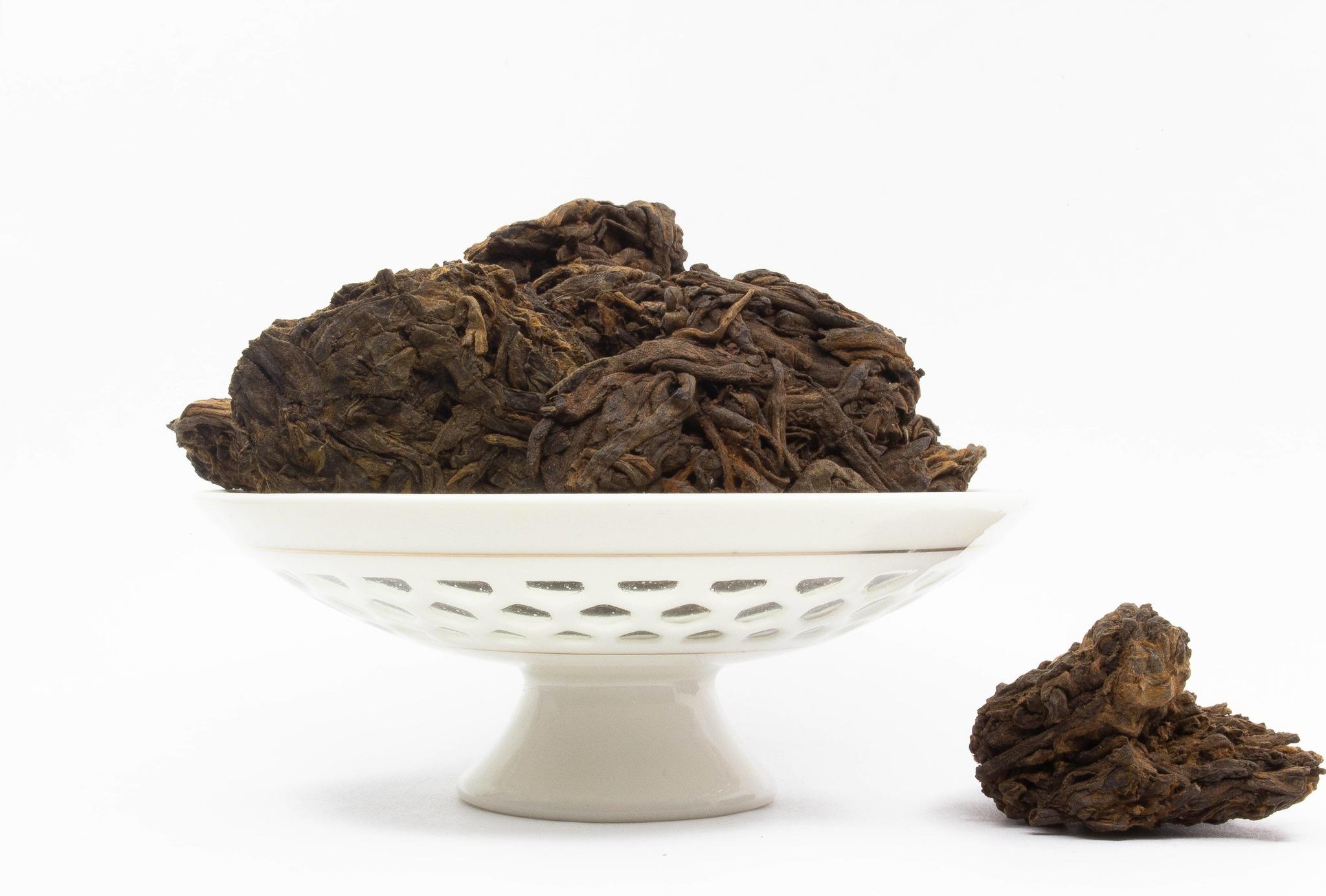 Черный чай Старые Чайные Головы, Менхай, 2002 год IMG_1750-2-min.jpg