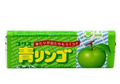 Жевательная резинка со вкусом зеленого яблока