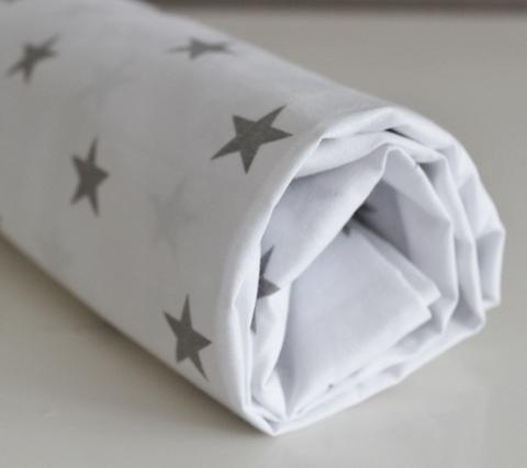 Простынь на овальный матрас, на резинке 125*75см. Звезды на белом