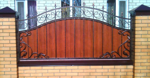 Кованый забор с профнастилом N-3