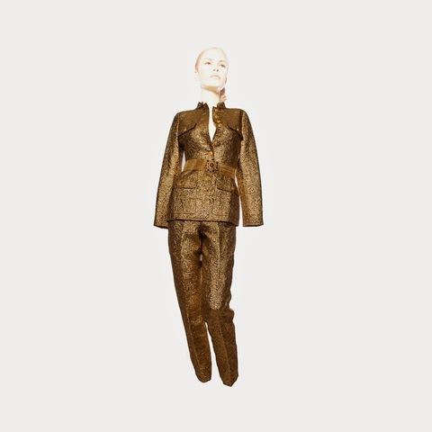 Роскошный брючный костюм в византийском стиле из золотой парчи от Chanel, 34 размер.