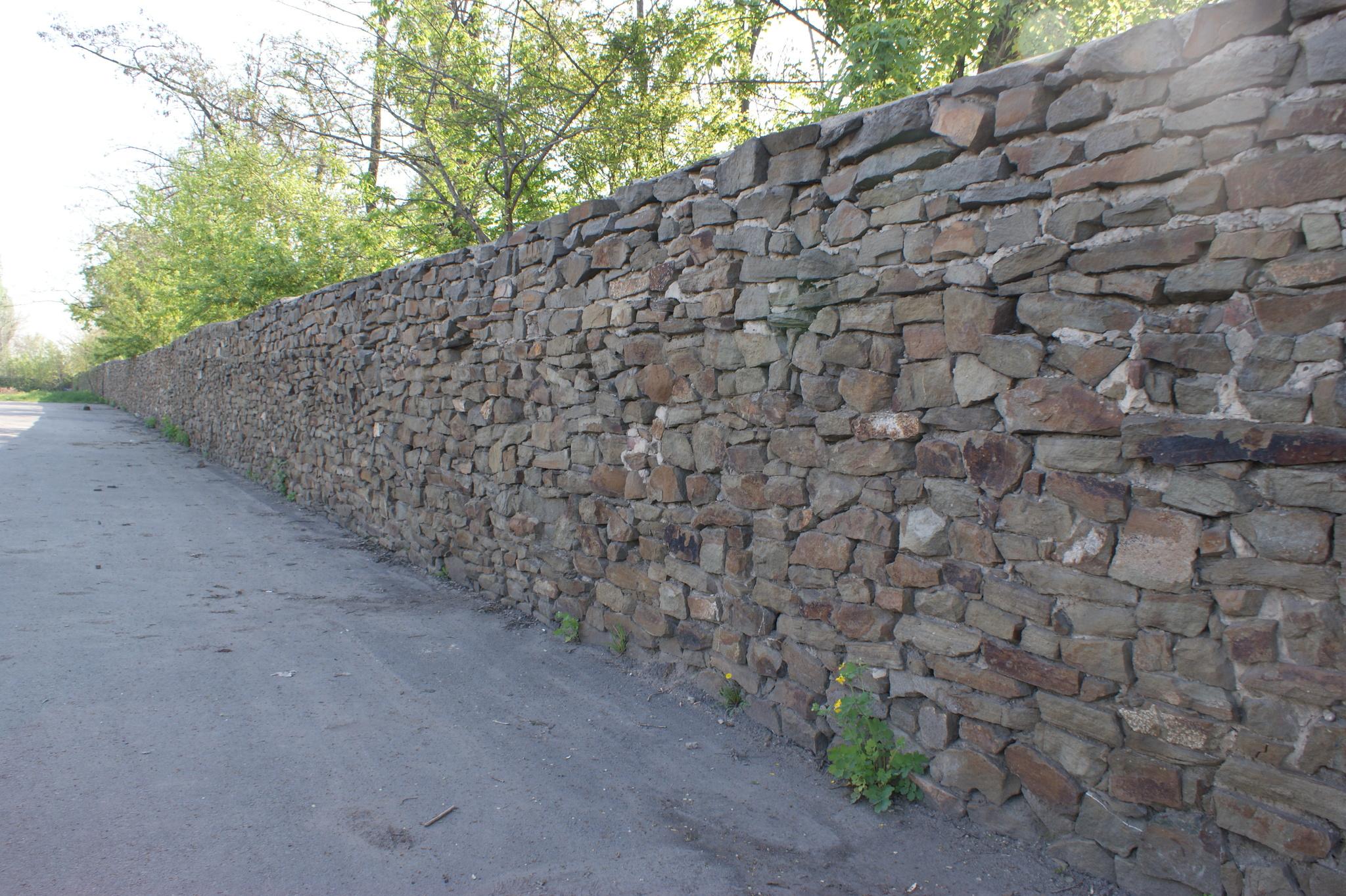 Бут кладочный Серый забор