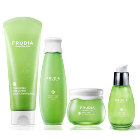 Frudia Набор с зеленым виноградом для жирной кожи