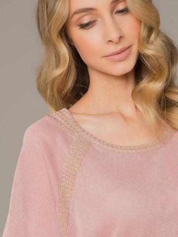Женское платье розового цвета на поясе - фото 4