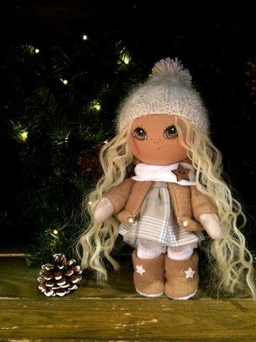 Кукла Элис. Коллекция La Petite.