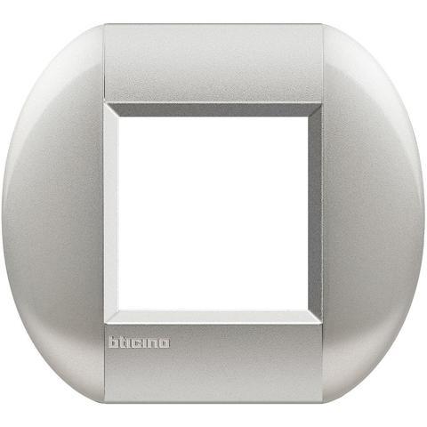 Рамка 1 пост, овальной формы. НЕЙТРАЛЬНЫЙ. Цвет Алюминий.  Итальянский стандарт, 2 модуля. Bticino LIVINGLIGHT. LNB4802TE