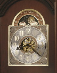 Часы напольные Howard Miller 611-194 Beckett
