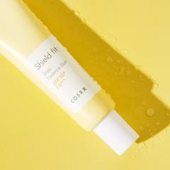 Лёгкий солнцезащитный крем с муцином улитки SPF50+ PA+++, 35 мл / Cosrx Shield Fit Snail Essence Sun