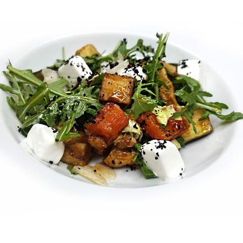 Салат из печеных овощей