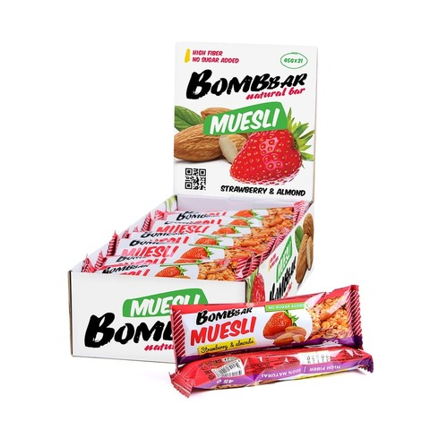 Мультизлаковый батончик Bombbаr Клубника-миндаль, 45 гр
