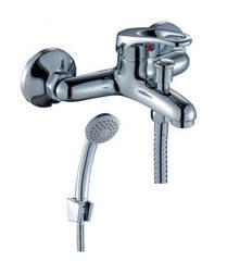 Смеситель для ванны и душа Rossinka Silvermix B35-31 однорычажный с лейкой и шлангом, настенное крепление, хром
