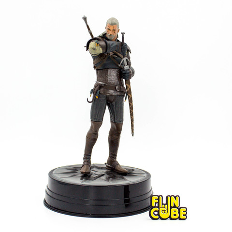 Миниатюра Witcher Geralt 24см