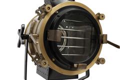 Прожектор напольный на треноге Secret De Maison ( mod. 50141 ) — античная медь/черный/натуральное дерево