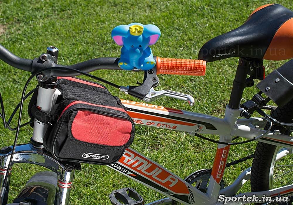 Двойная велосумка Roswheel (12655-С) на раме велосипеда