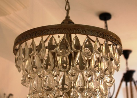 vintage chandelier  01-21 ( by Funky Vintage )