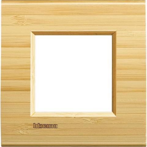 Рамка 1 пост, прямоугольная форма. ДЕРЕВО. Цвет Бамбук. Немецкий/Итальянский стандарт, 2 модуля. Bticino LIVINGLIGHT. LNA4802LBA
