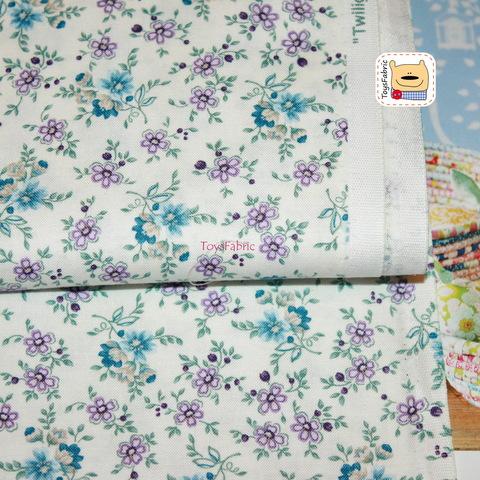 Американский хлопок 20990 (цветы на молочном) 45х55см