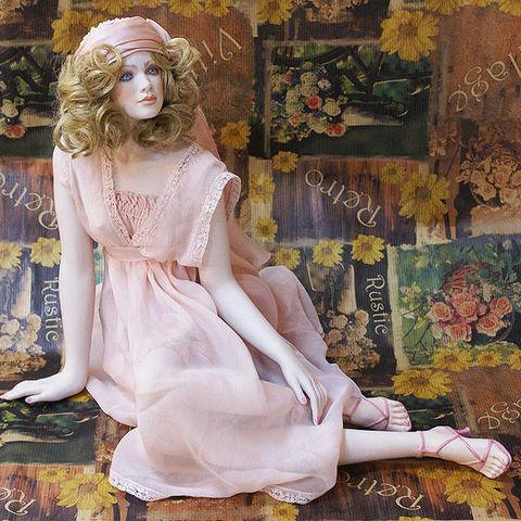 Кукла фарфоровая коллекционная Marigio Jennifer