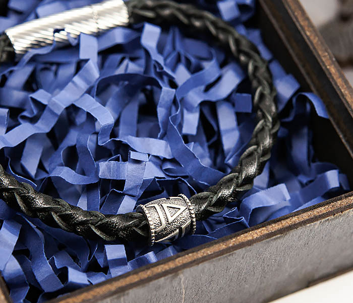 BSS126 Браслет из шнура ручной работы с серебряной бусиной «Велес» фото 14