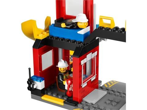 LEGO Juniors: Пожарная машина 10671