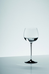 Бокал для белого вина 500мл Riedel Sommeliers Black Tie Montrachet Хрустальное стекло