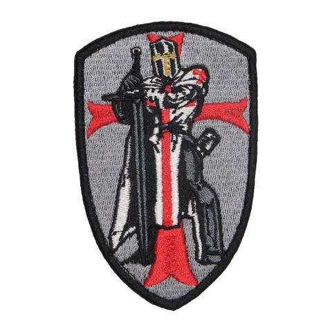Крестоносец фигура