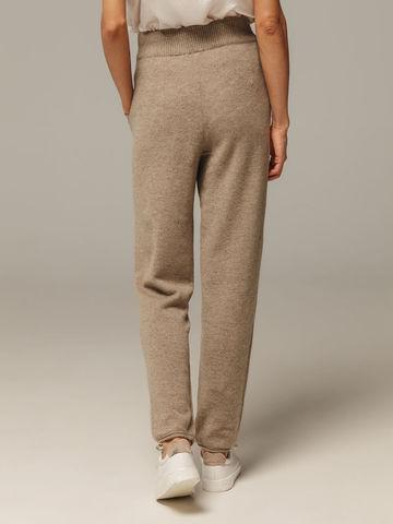 Женские брюки песочного цвета с карманами из 100% кашемира - фото 2