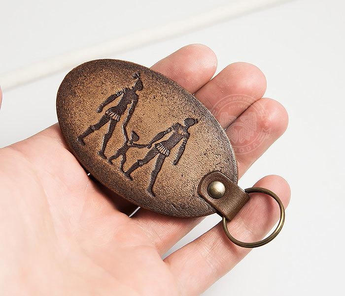 BY27-01-13 Брелок «Ключи к семейному счастью» из натуральной кожи фото 05
