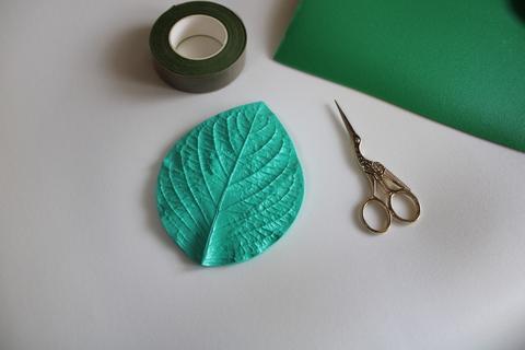 Молд универсальный листок размер 14*10 см