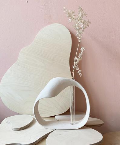Керамическая ваза молочная