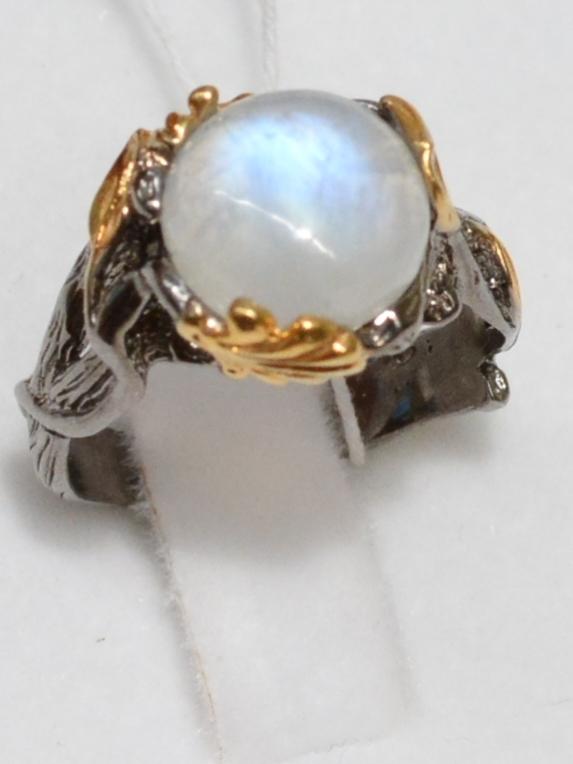 Вика-лунный (серебряное кольцо с позолотой)