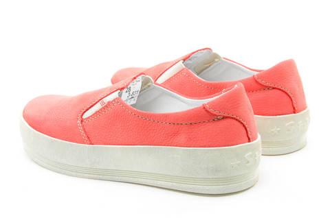 Слипоны на толстой подошве кожаные Лель (LEL) для девочек, цвет коралловый. Изображение 7 из 13.