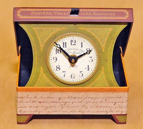 Часы настольные Timeworks French Script BCFS2S