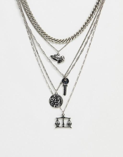 Серебристое многорядное ожерелье с подвесками