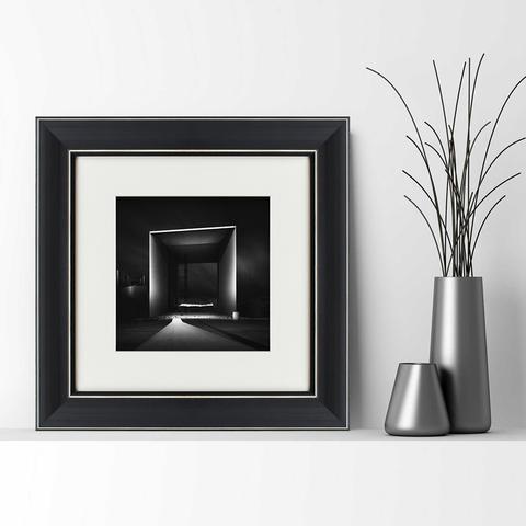 Джоэль Тжинтжелар - Black square №1_