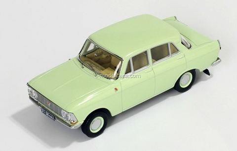 Moskvich-412 light green 1971 IST104 IST Models 1:43