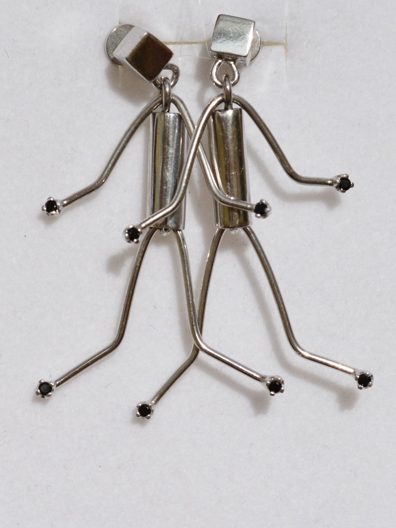 Человек (серьги из серебра)