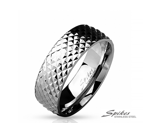 R-M4812-8 Мужское кольцо из ювелирной стали с рельефной фактурой,