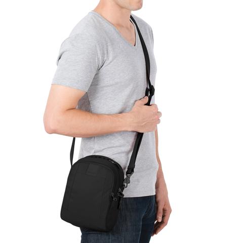 сумка городская Pacsafe Metrosafe LS100
