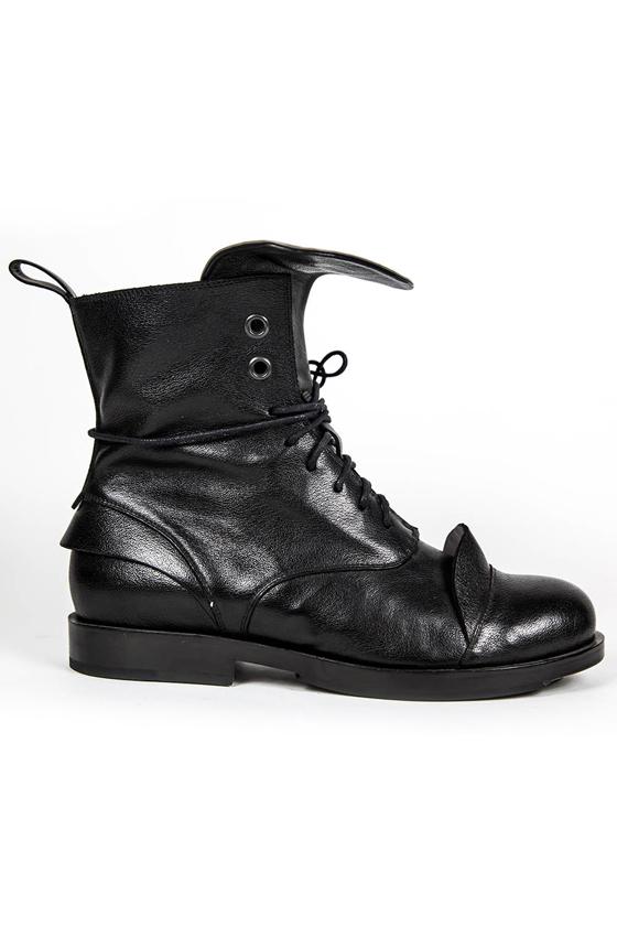 Высокие ботинки «EZINA»
