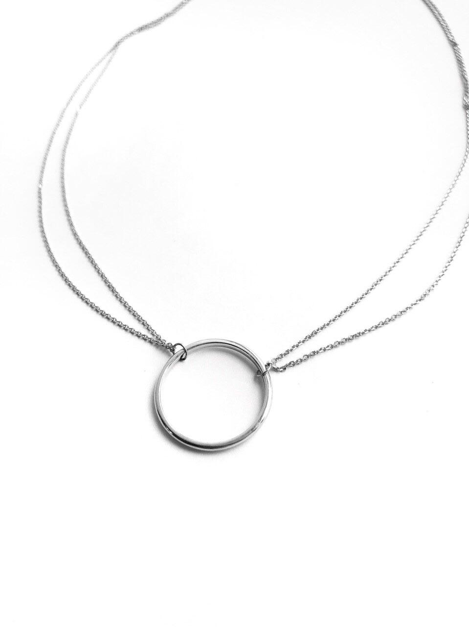 Серебряное двойное колье с кольцом 20 мм