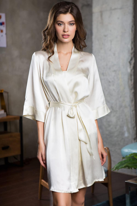 Шелковый халат женский нежный молочный (Свадебные пеньюары)