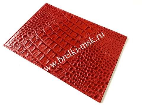 Обложка для паспорта из натуральной кожи крокодила. Цвет Красный